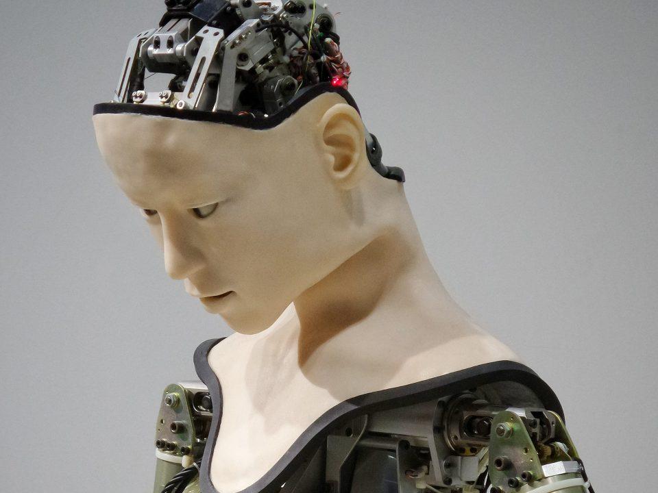 artificial-intelligence-reshape-translation-industry